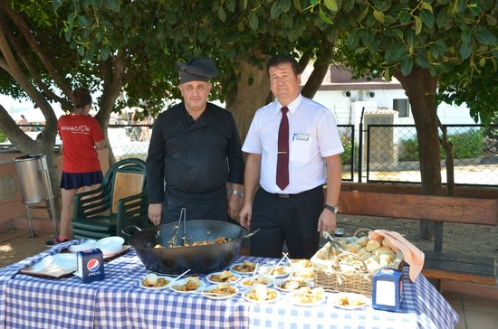 Playacapricho Hotel: degustacion de pollo en salsa