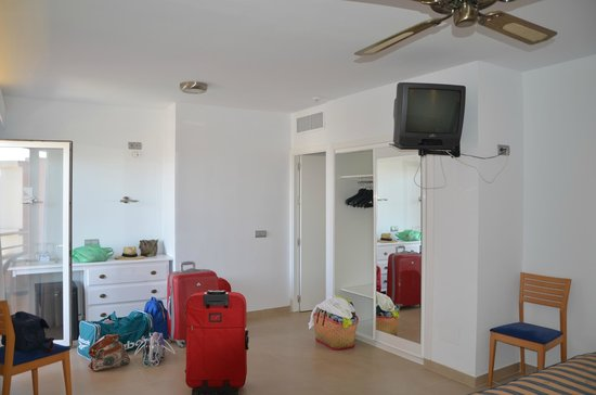 Playacapricho Hotel: habitacion reformada