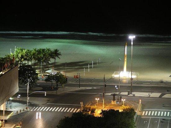 Windsor Plaza Copacabana Hotel: Hotel Copacabana Plaza Night View