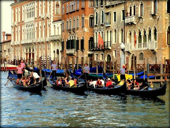 Grand Canal: Gandolas