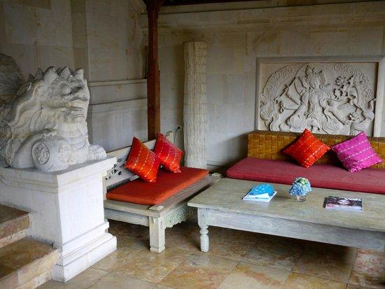 Indus Restaurant: More sitting area