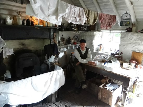 Ironbridge Gorge Museums: Hermits Cottage
