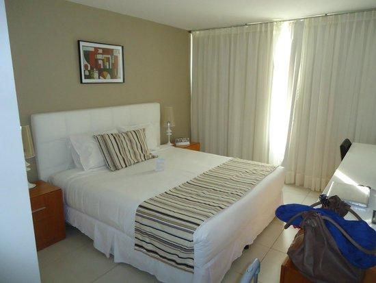 Real Colonia Hotel & Suites: dormitorio