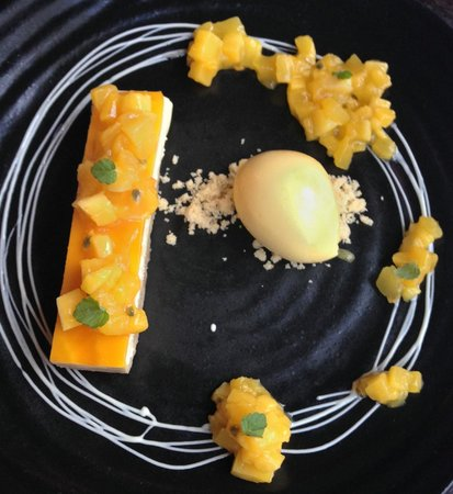 Pichet: Lemon cheesecake
