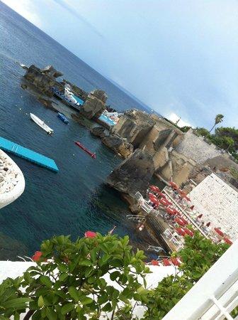Vista dall 39 alto del lido bagno marino archi picture of - Bagno marino archi santa cesarea ...