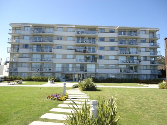 Real Colonia Hotel & Suites : Edificio
