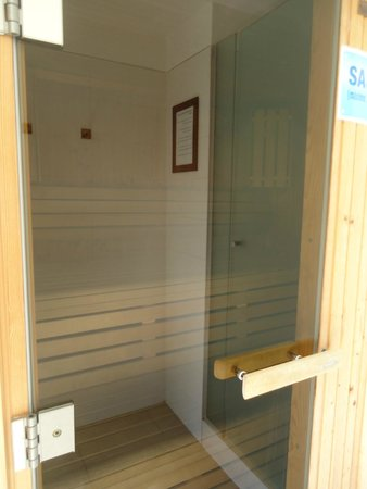 Real Colonia Hotel & Suites: Sauna