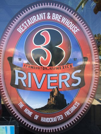 3 Rivers Eatery & Brewhouse: 2-5 happy hours 7 days a week