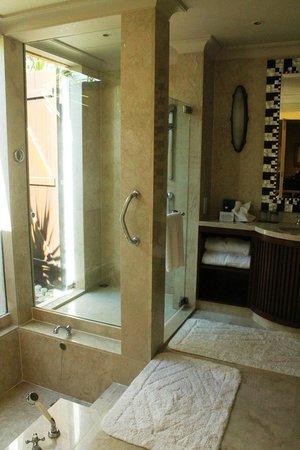 The Oberoi, Mauritius : Bathroom