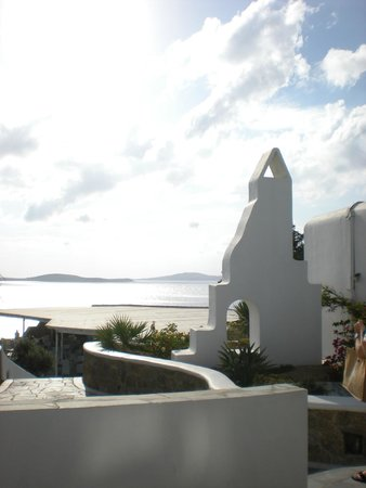 Mykonos Grand Hotel & Resort : Around the hotel
