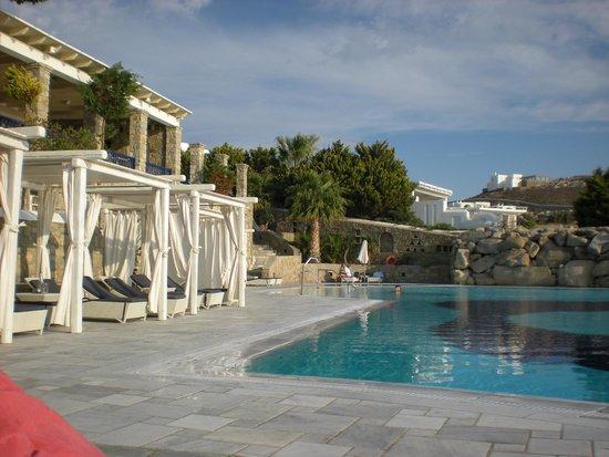 Mykonos Grand Hotel & Resort : Pool area