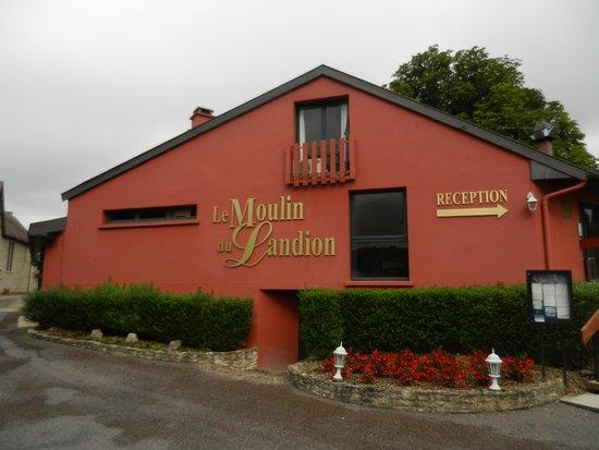 Hotel Restaurant Le Moulin du Landion: L'hôtel.