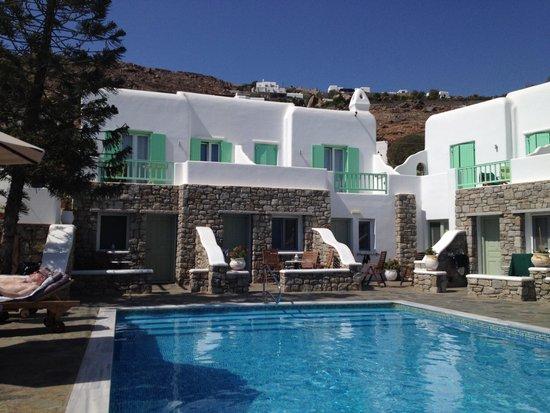 Bellissimo Resort: Lovely pool