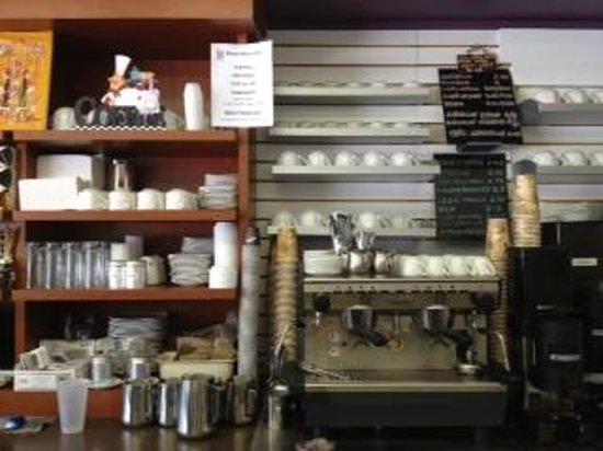 Bitton Bistro Cafe : True Barista!