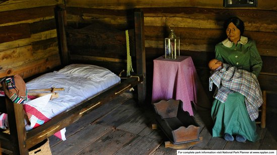 Chief Vann House Historic Site: Typical interior of a Cherokee cabin