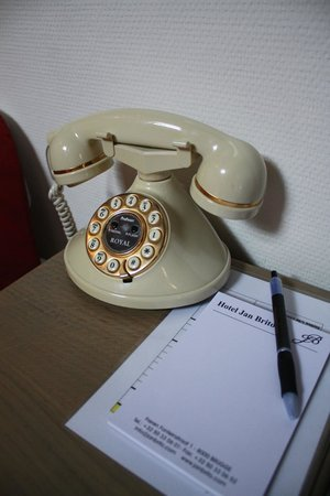 Hotel Jan Brito: retro phone!