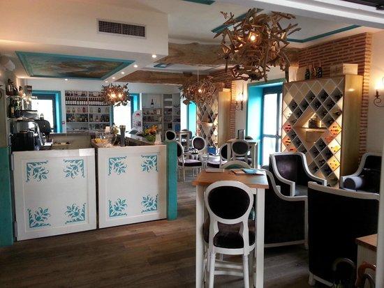 Hôtel Le Moulin De Madame : Le moulin - le bar