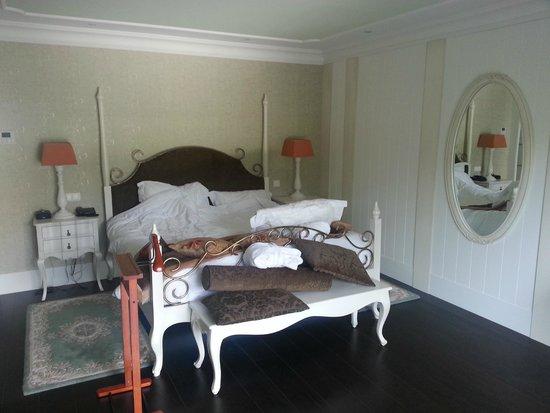 Hôtel Le Moulin De Madame : La chambre Junior suite