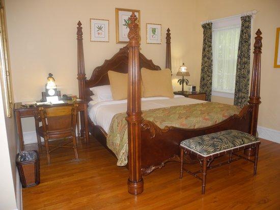 The Gardens Hotel: Bedroom