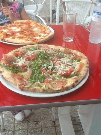 Pizza y Pasta: great pizza