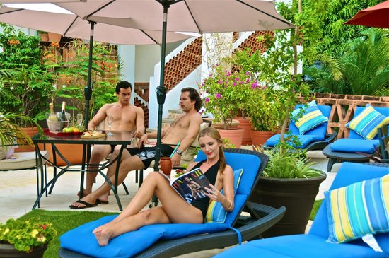 Villa Mercedes Petit Hotel: Roof garden area
