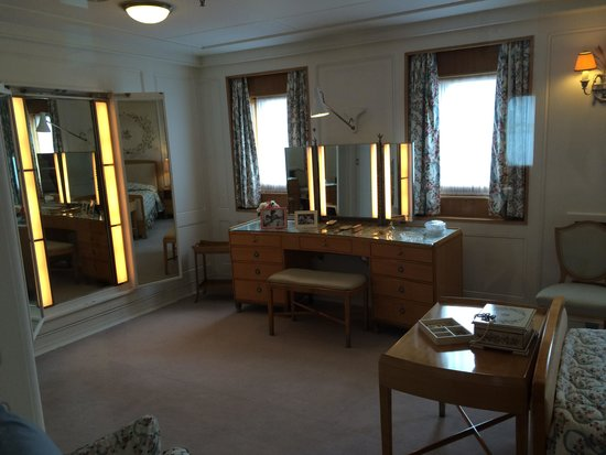 Britannia (navire) : Main living room