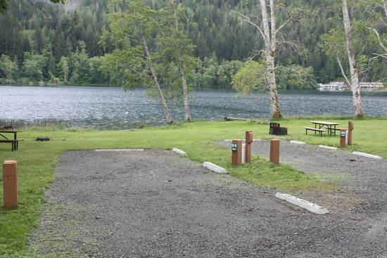 Log cabin resort olympic national park wa campground for Log cabin resort lago crescent wa