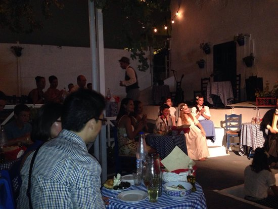 The White Door Theatro: Food and theatre!