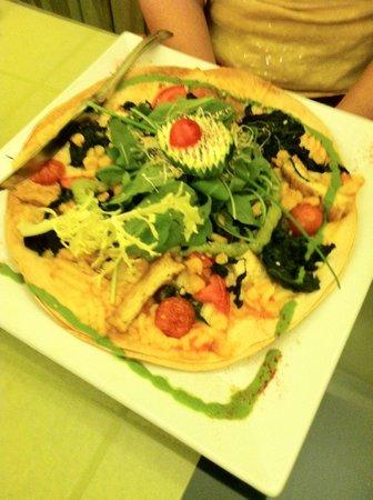 Yerbabuena : Parecido a una pizza (no recuerdo el nombre del plato)