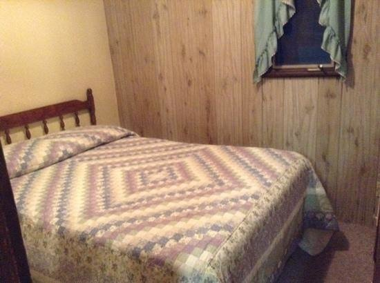 Seneca Lodge: Bedroom 4, 4 bed log cabin