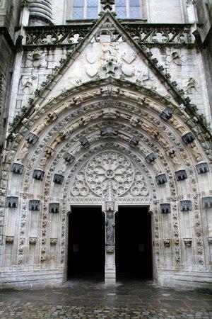 Cathédrale Saint-Corentin : Cathedrale St-Corentin Portal