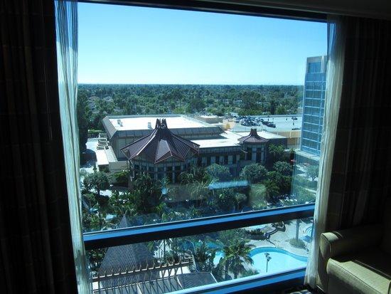Disneyland Hotel : Adventure Tower 10th Floor