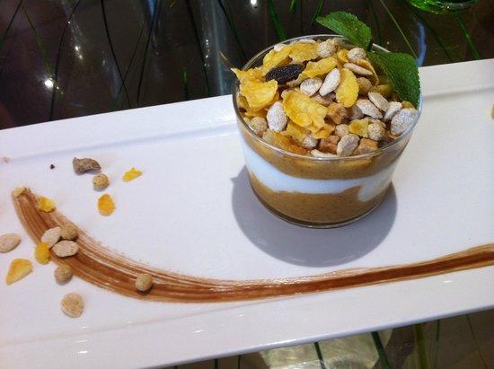 Dame Nature : Dessert del giorno con cereali. (4,50 euro)