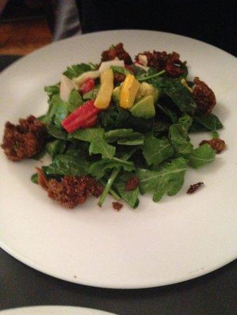 Candle Cafe: Cajun seitan salad
