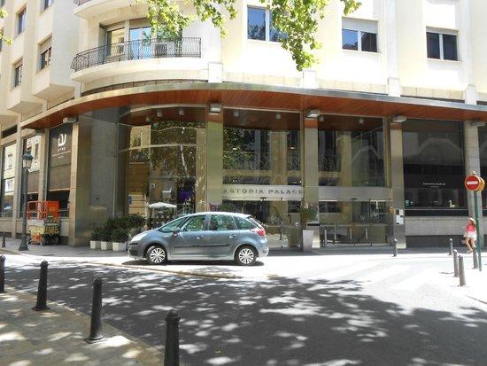 Ayre Hotel Astoria Palace: Façade