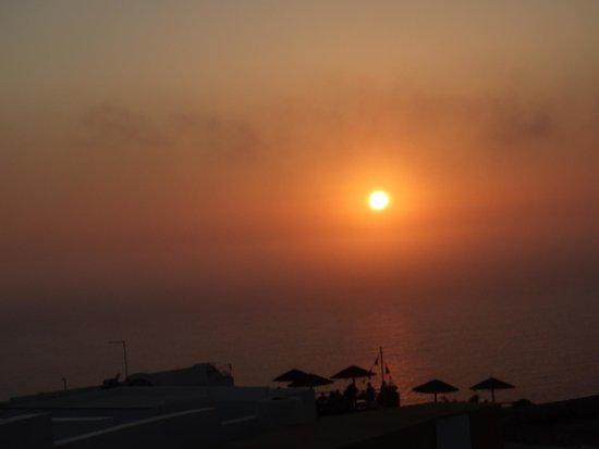Ochre Restaurant : world-class sunset viewed from Ochre terrace 15.8.2014