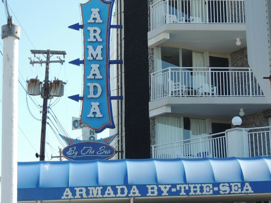 Armada By-the-Sea : Armada sign in the front of hotel