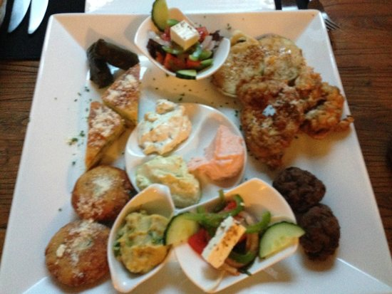 The Olive Tree: Starter platter with the price fixed menu