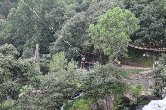 Cascadas Quetzalapan: Tirolesa