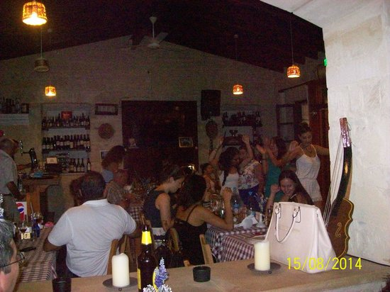 Letymbou Tavern: Live Greek Music and guest dancing