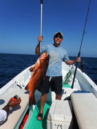 Papagayo Gulf Sport Fishing - North Pacific Tours: Big Red