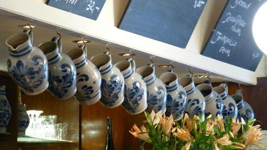 Atschel: Jars over the counter