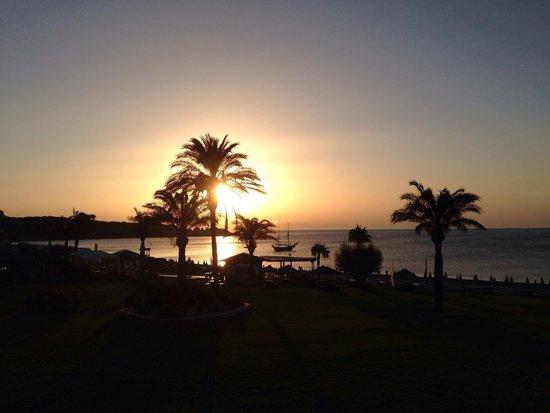 Rodos Palladium : Sunrise from my room 6111