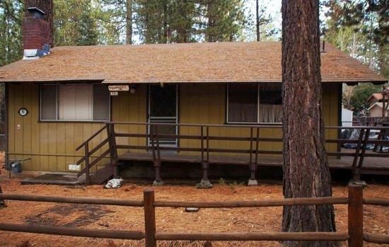 the bunkhouse picture of big bear cool cabins big bear region tripadvisor. Black Bedroom Furniture Sets. Home Design Ideas