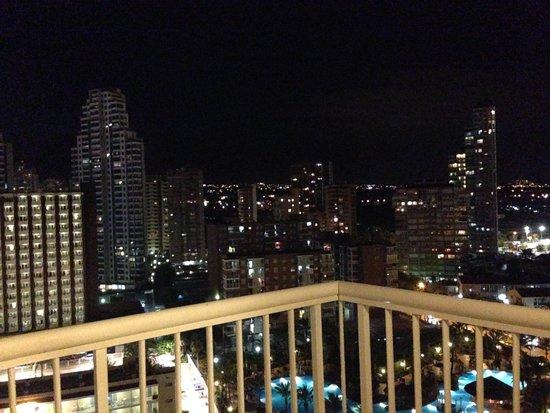 Sol Pelícanos Ocas: Vista nocturna desde la planta 14