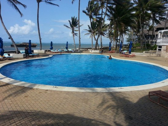 Hemingways Watamu: Heated swimming pool
