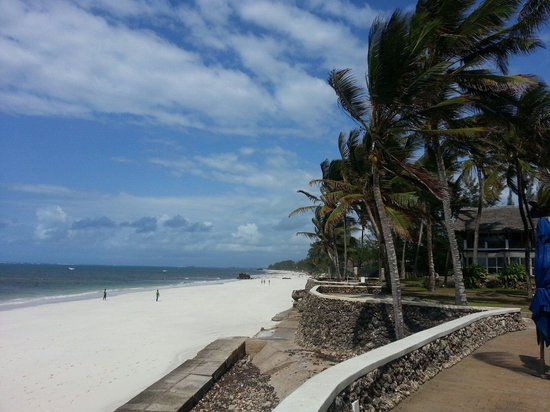 Hemingways Watamu: Beach on hemmingways watamu