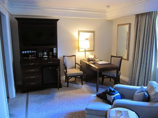 The Peninsula New York : Living Room
