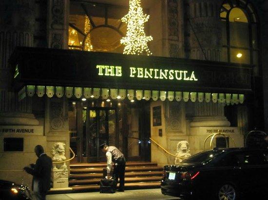 The Peninsula New York : Entrance