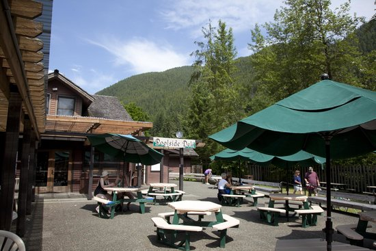 The Poolside Deli at Sol Duc Hot Springs Resort